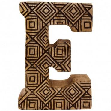 Lettre décorative E géométrique en bois à motifs sculpté à la main