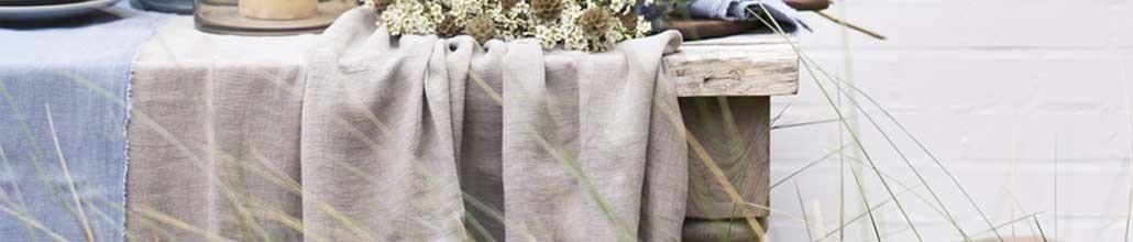 Textile : Plaids, Coussins, Tapis, Nappes, Rideaux décoratifs - Plante Ta Déco